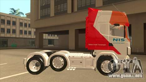 Scania R620 Nis Kamion para GTA San Andreas vista posterior izquierda