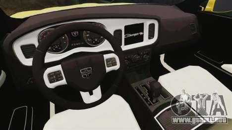 Dodge Charger 2011 Taxi para GTA 4 vista hacia atrás