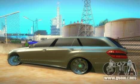 Mercedes-Benz E350 Wagon para la visión correcta GTA San Andreas