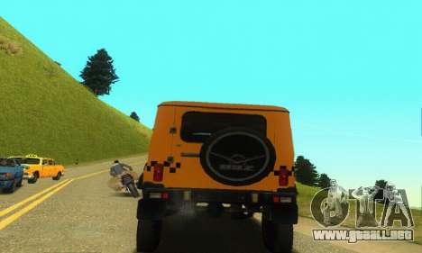 UAZ Hunter Taxi para GTA San Andreas vista hacia atrás