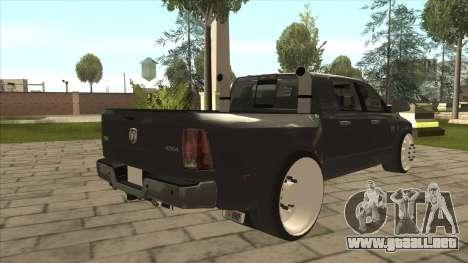 Dodge Ram Laramie Low para la visión correcta GTA San Andreas