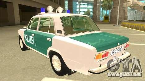 VAZ 21011 DDR police para GTA San Andreas vista hacia atrás