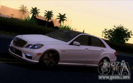 Mercedes-Benz E63 AMG Vossen V1.0 para GTA San Andreas