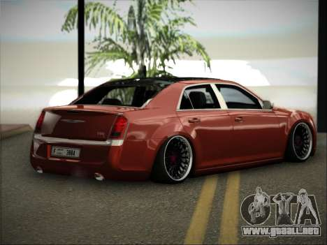 Chrysler 300C Stance para GTA San Andreas left