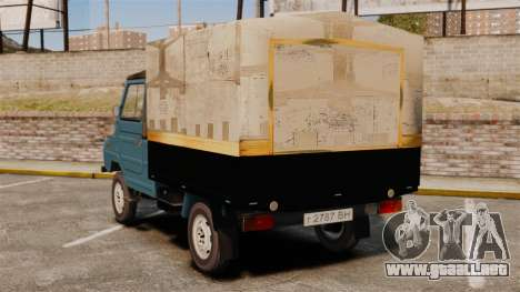 LuAZ-13021 para GTA 4 Vista posterior izquierda
