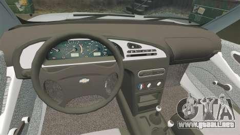 Vaz-2123 v1.1 para GTA 4 vista interior