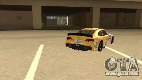 Chevrolet SS NASCAR No. 7 Florida Lottery para la visión correcta GTA San Andreas