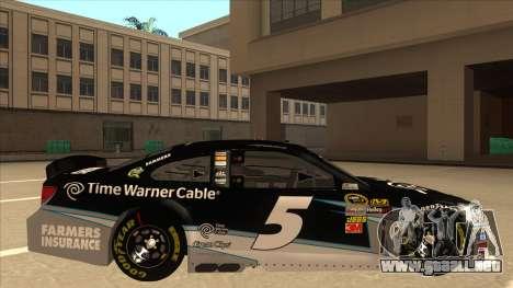 Chevrolet SS NASCAR No. 5 Time Warner Cable para GTA San Andreas vista posterior izquierda