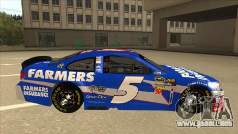 Chevrolet SS NASCAR No. 5 Farmers Insurance para GTA San Andreas vista posterior izquierda