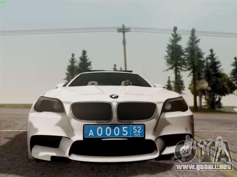 BMW M5 F10 INTERIOR OFICINA para GTA San Andreas vista hacia atrás