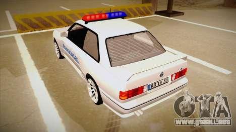BMW M3 E30 Rendőrség para GTA San Andreas vista hacia atrás