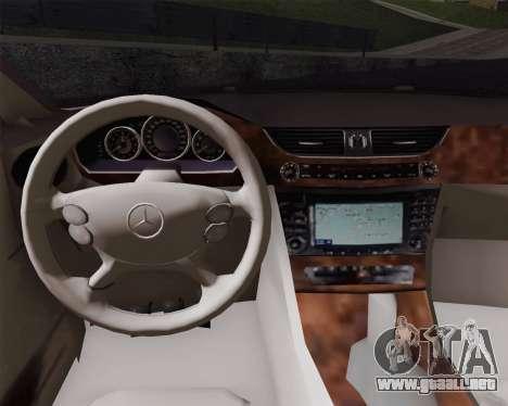 Mercedes-Benz CLS500 para GTA San Andreas vista posterior izquierda