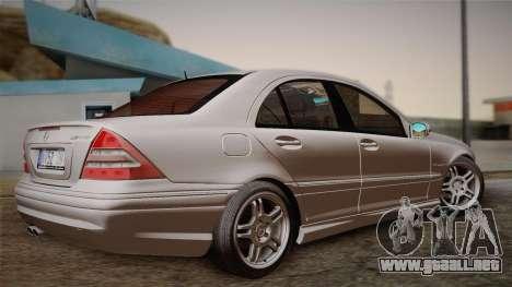 Mercedes-Benz C32 AMG 2004 para la visión correcta GTA San Andreas