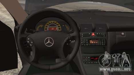 Mercedes-Benz C32 AMG 2004 para la vista superior GTA San Andreas