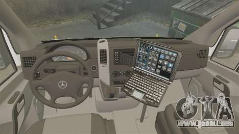 Mercedes-Benz Sprinter 3500 Emergency Response para GTA 4 vista hacia atrás
