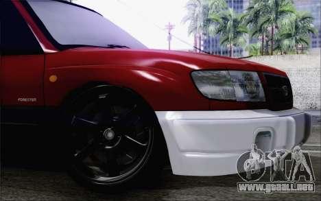 Subaru Forester Hellaflush para la visión correcta GTA San Andreas