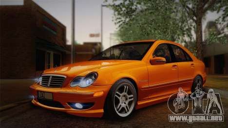 Mercedes-Benz C32 AMG 2004 para GTA San Andreas left