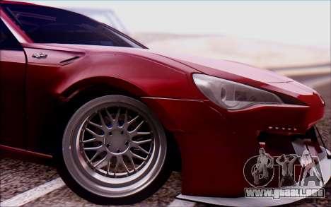 Toyota GT86 Rocket Bunny v2 para GTA San Andreas vista posterior izquierda