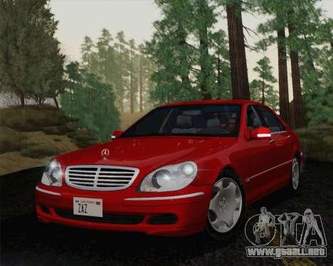 Mercedes-Benz S600 Biturbo 2003 para GTA San Andreas left