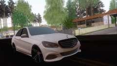 Mercedes-Benz W212 AMG para GTA San Andreas