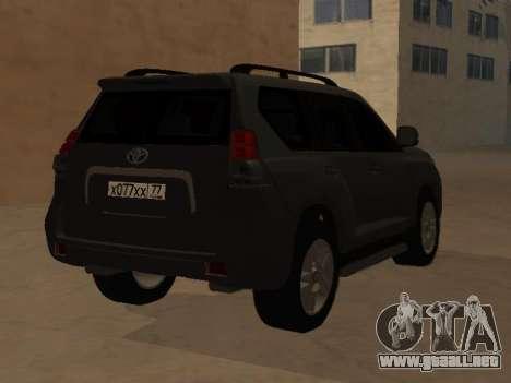 Toyota Land Cruiser Prado 2012 para GTA San Andreas left
