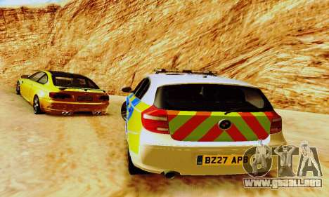 BMW 120i SE Police para vista lateral GTA San Andreas