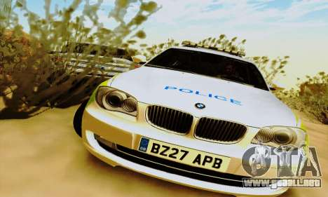 BMW 120i SE Police para GTA San Andreas left