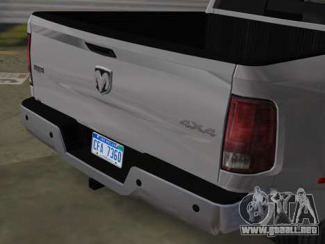 Dodge Ram 3500 Laramie 2012 para GTA Vice City vista posterior