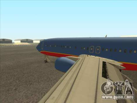 Boeing 737 Southwest Airlines para GTA San Andreas vista posterior izquierda