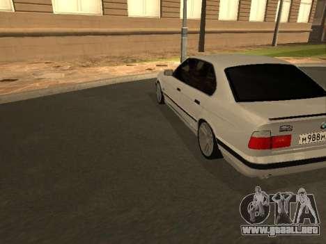 BMW 525 Smotra para la visión correcta GTA San Andreas