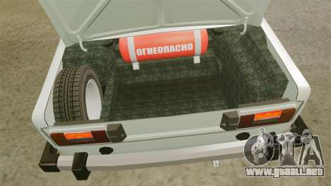 El USO de-Lada 2106 para GTA 4 vista hacia atrás