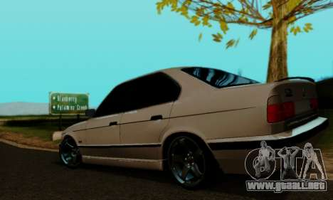 BMW 525 Re-Styling para GTA San Andreas left