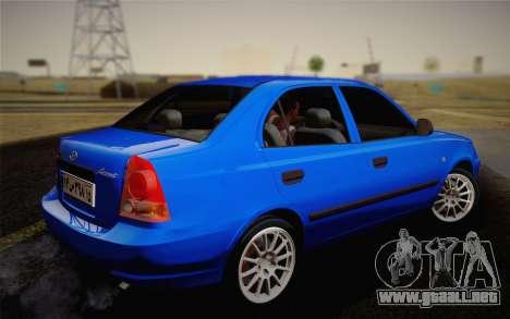 Hyundai Accent Admire 2004 para GTA San Andreas left