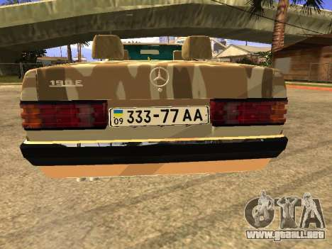 Mercedes-Benz 190E Army para GTA San Andreas left