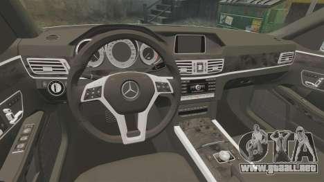 Mercedes-Benz E63 AMG 2014 v2.0 para GTA 4 vista interior
