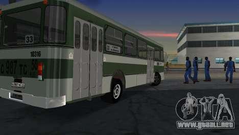 677 LIAZ para GTA Vice City vista lateral izquierdo