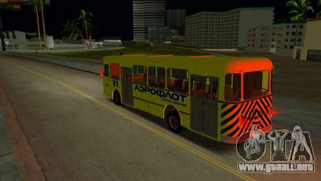 LIAZ 677 Aeroflot para GTA Vice City vista lateral