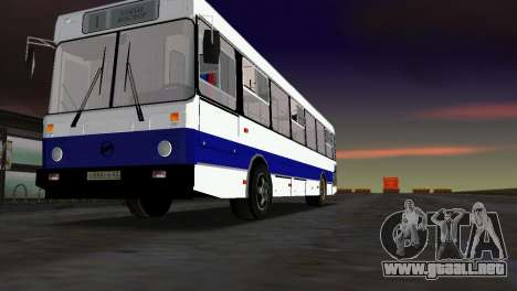 LIAZ-5256 para GTA Vice City vista lateral izquierdo