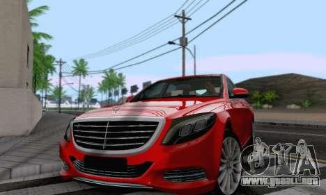 Mercedes-Benz W222 para GTA San Andreas vista posterior izquierda