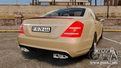 Mercedes-Benz S65 (W221) para GTA 4 Vista posterior izquierda