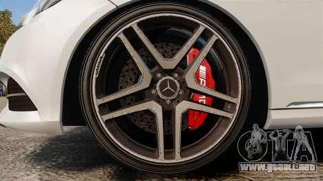 Mercedes-Benz E63 AMG 2014 v2.0 para GTA 4 vista hacia atrás