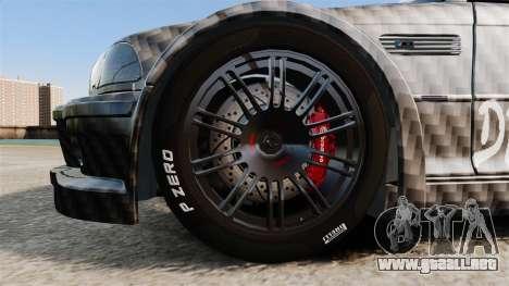 BMW M3 GTR 2012 Drift Edition para GTA 4 vista hacia atrás