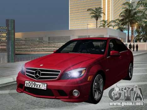 Mercedes-Benz C63 AMG HQLM para GTA San Andreas vista hacia atrás