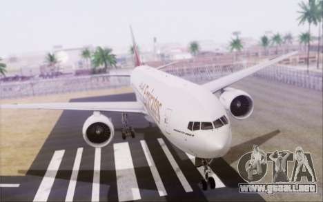 Emirates Airlines 777-200 para GTA San Andreas left