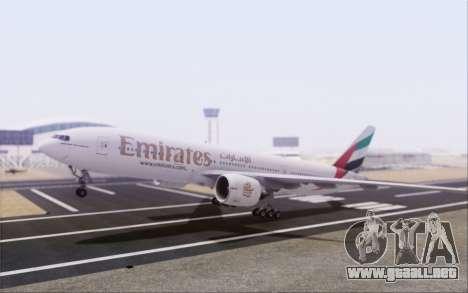 Emirates Airlines 777-200 para GTA San Andreas vista posterior izquierda