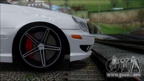 Mercedes-Benz C32 Vossen para GTA San Andreas vista hacia atrás