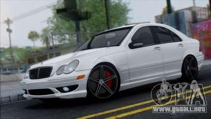 Mercedes-Benz C32 Vossen para GTA San Andreas
