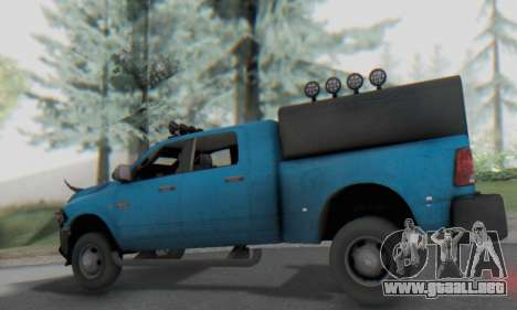 Dodge Ram 3500 Super Reforzada para GTA San Andreas vista hacia atrás