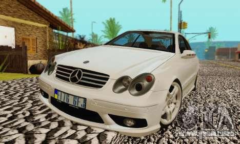 Mercedes-Benz CLK55 AMG 2003 para el motor de GTA San Andreas