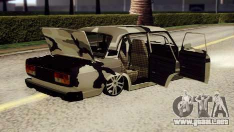 VAZ 2107 en camuflaje para GTA San Andreas vista posterior izquierda